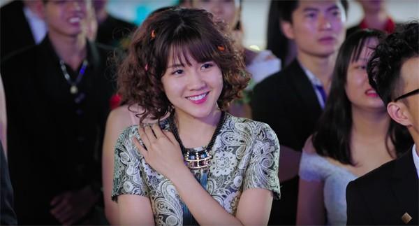 Một năm sau khi ảnh được lên Reuters, cô gái Sài Thành giờ đã trở thành diễn viên được săn đón - Ảnh 5.