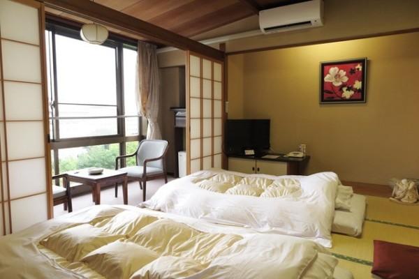 Những điều thú vị về nhà trọ kiểu Nhật: Khách thuê phải... tắm chung nơi công cộng - Ảnh 2.