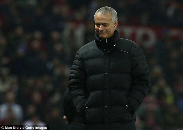 Kẻ bị bỏ rơi lập công, Man United tạo mưa bàn thắng ở Old Trafford - Ảnh 5.