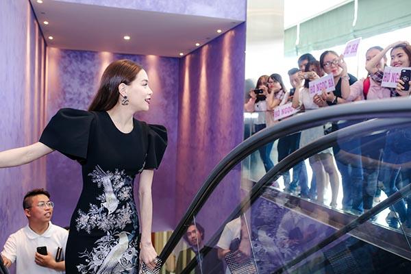 Hồ Ngọc Hà nhận cát-xê 200 triệu cho 1 đêm làm giám khảo - Ảnh 3.