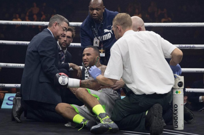 Boxing: Võ sỹ chơi bẩn đấm trộm, hả hê 1 giây ăn năn cả đời - Ảnh 5.