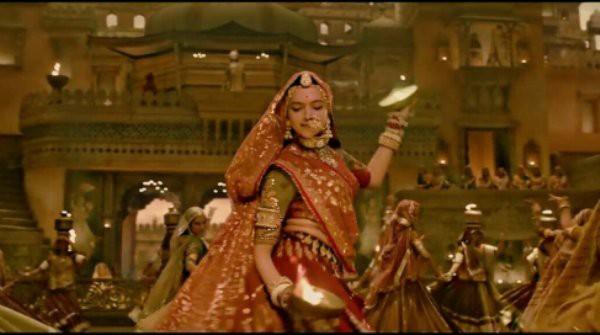 Phim điện ảnh Bollywood hoãn công chiếu, nữ chính và đạo diễn   bị săn lùng để lấy thủ cấp - Ảnh 8.