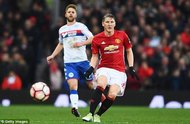 Kẻ bị bỏ rơi lập công, Man United tạo mưa bàn thắng ở Old Trafford - Ảnh 7.