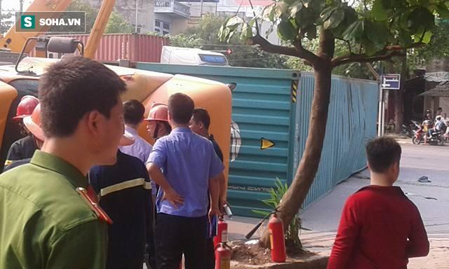 2 nạn nhân tử vong trong vụ container đè nát ô tô con là giáo viên - Ảnh 5.
