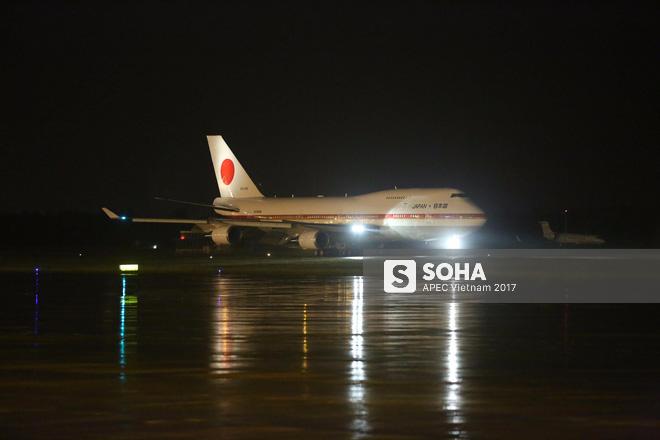 Chuyên cơ Air Force One Nhật Bản đưa thủ tướng Shinzo Abe đến Đà Nẵng tham dự APEC - Ảnh 1.