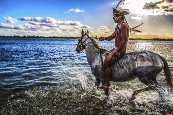 Hé lộ cuộc sống bí ẩn của thổ dân trong rừng rậm Amazon - Ảnh 5.