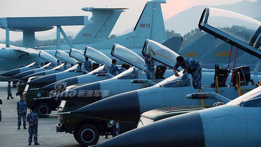 [ẢNH] Song kiếm Su-30MKK và J-10 của Trung Quốc huấn luyện tác chiến - Ảnh 9.