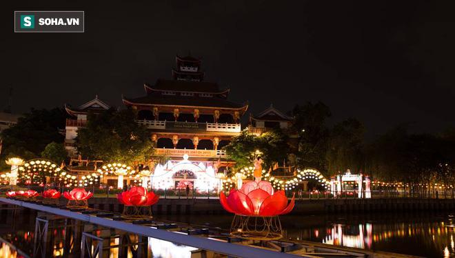 Sài Gòn rực rỡ mừng Đại lễ Phật Đản 2017 - Ảnh 13.