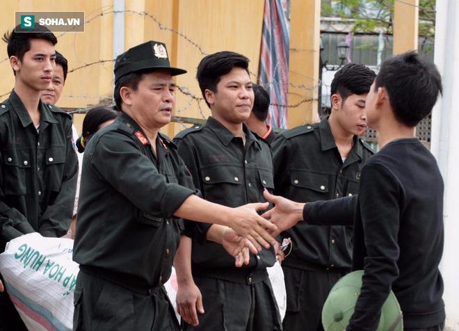 19 cán bộ, chiến sỹ phấn khởi khi được thả, dân Đồng Tâm hân hoan vì không bị xử lý hình sự - Ảnh 8.