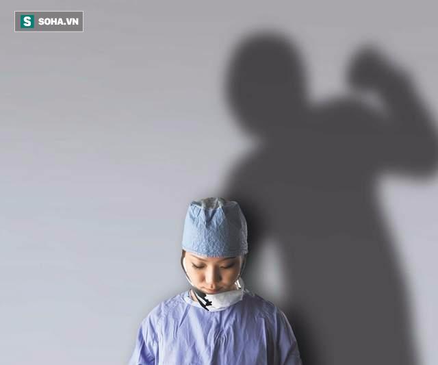 Tại sao bác sĩ Việt Nam bị hành hung ngày càng nhiều? - Ảnh 3.