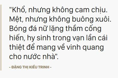 Tuyển nữ Việt Nam - Bình tĩnh chiến đấu, bình tĩnh tạo ra chiến thắng lịch sử lần thứ 5, cho dù ngoài kia là bao nhiêu khó nhọc - Ảnh 8.