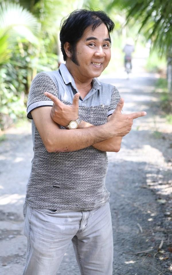 Nghệ sĩ Bạch Long: Hễ tôi yêu ai là người ấy lấy chồng giàu - Ảnh 2.