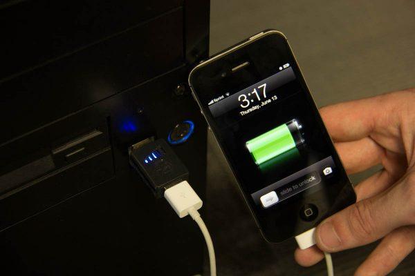 Sạc pin smartphone mỗi ngày nhưng nhiều người lại phạm sai lầm lớn - Ảnh 2.