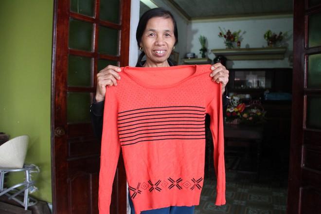 Cô giáo mầm non nhận lương hưu 1,3 triệu tự thưởng cho mình bộ quần áo thể thao nhân 20/11 - Ảnh 3.