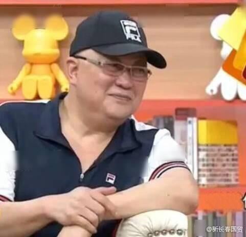 Dồn toàn bộ tâm sức cho vai Bao Công, cuộc đời Kim Siêu Quần gặp nhiều hậu quả xấu về sau   - Ảnh 4.