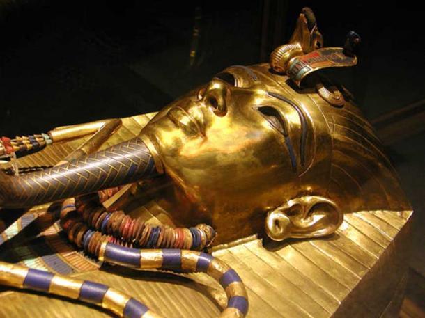 Phát hiện điều kỳ lạ trong quan tài bằng vàng ròng của Pharaoh Tutankhamen  - Ảnh 4.