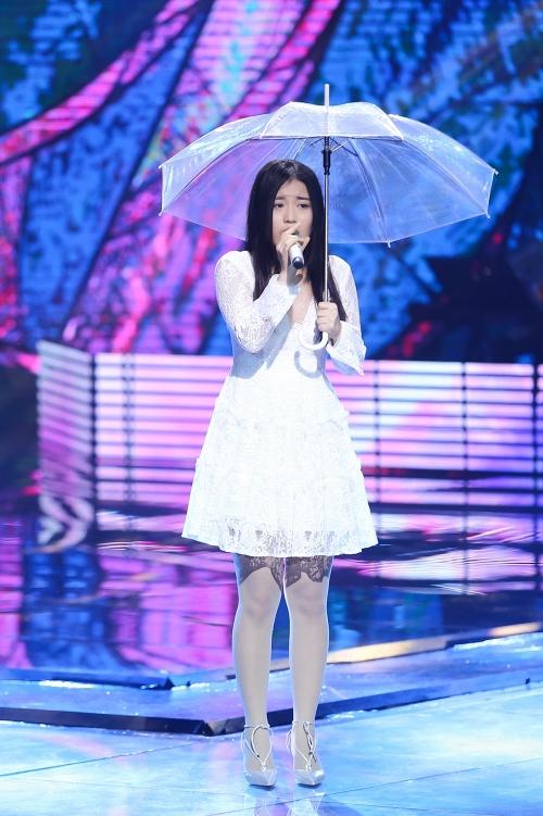 Cô gái Hàn Quốc gây tranh cãi vì hát nhạc Trịnh theo phong cách Kpop - Ảnh 1.