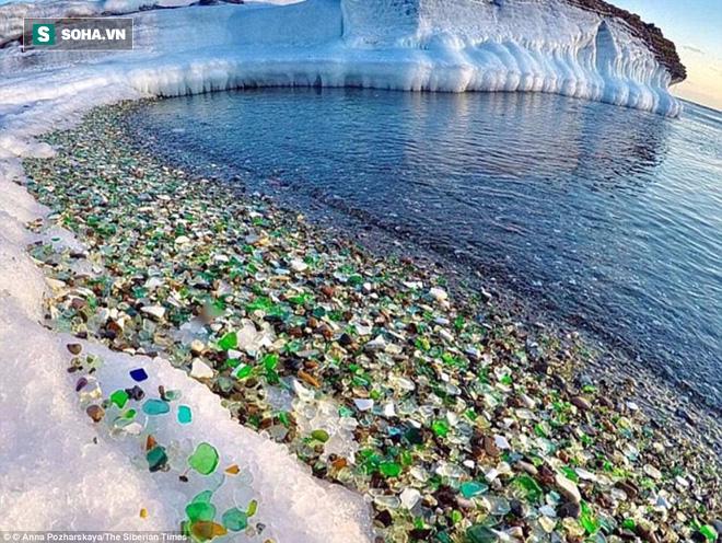 Bãi biển thiên đường đẹp như truyện cổ tích ở Nga sắp biến mất hoàn toàn - Ảnh 1.