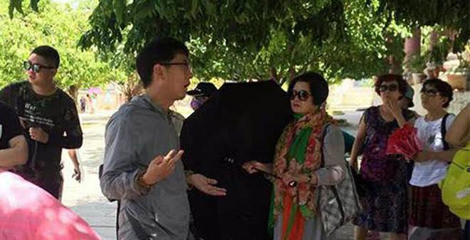 Sở Du lịch Đà Nẵng lên tiếng trước tố cáo thờ ơ để HDV người Trung Quốc hoạt động - Ảnh 2.
