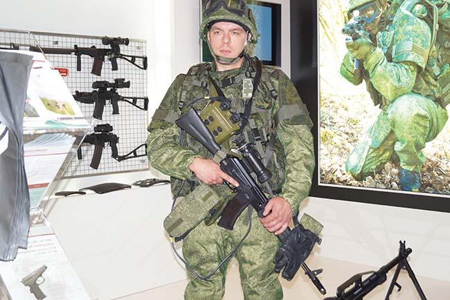 Các ứng viên trong cuộc đua giành vị trí súng trường tấn công tương lai của Quân đội Nga - Ảnh 4.