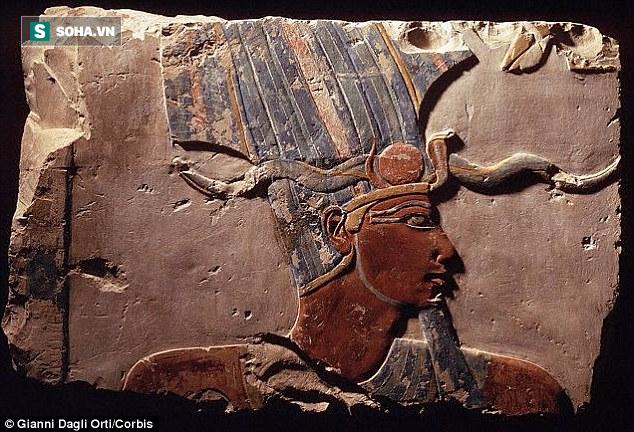 Truy tìm bí ẩn của 12 cổ mộ trong nghĩa địa Ai Cập cổ đại 3400 tuổi - Ảnh 3.