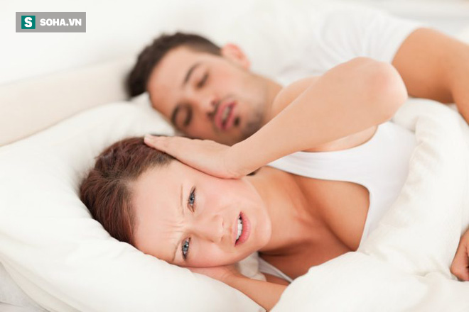 2 quả táo, 2 củ cà rốt, chanh và gừng: Hỗn hợp chặn đứng ngủ ngáy cực hiệu quả - Ảnh 1.