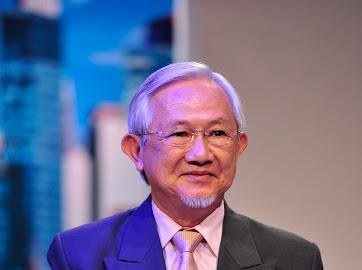 Giáo sư Phan Văn Trường: Người dân thường chỉ thấy cái lợi trước mắt của nền kinh tế vỉa hè - Ảnh 1.
