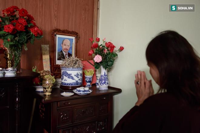 Vợ cố nghệ sĩ Hán Văn Tình bán nước ép trang trải cuộc sống - Ảnh 10.