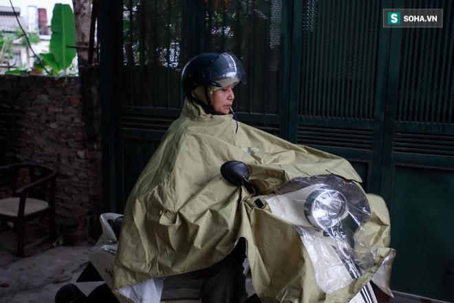 Vợ cố nghệ sĩ Hán Văn Tình bán nước ép trang trải cuộc sống - Ảnh 12.
