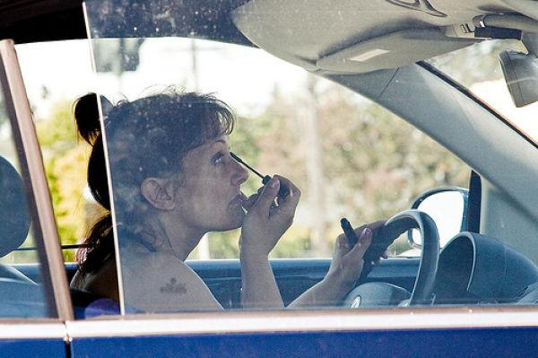Khi con gái lái ô tô! - Ảnh 14.