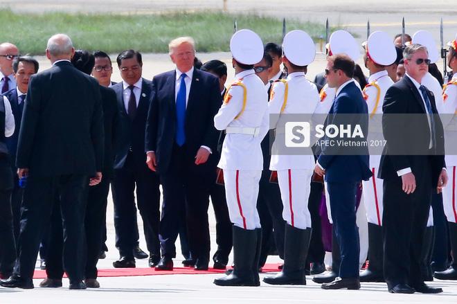 Toàn cảnh lễ đón Tổng thống Mỹ Donald Trump - Ảnh 9.