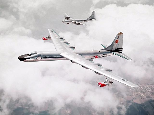 Một chiếc máy bay ném bom thời Chiến tranh Lạnh đã để lại cho ta chìa khóa mở ra tương lai - Ảnh 2.