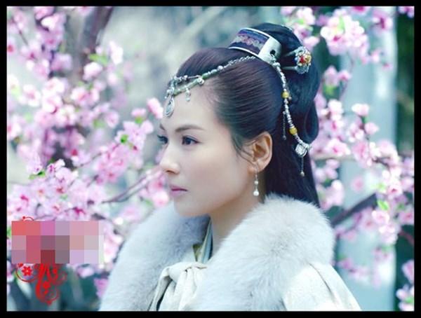 Phiên bản thiên thần và ác quỷ của người đẹp Hoa ngữ - Ảnh 1.
