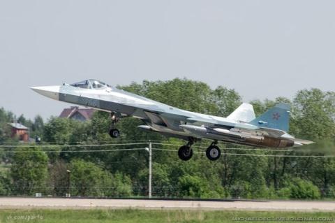 Nga tự mâu thuẫn thời điểm trang bị T-50 - Ảnh 1.
