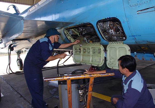 Các Trung đoàn thuộc Sư đoàn 370 và 372 tổ chức thành công ban bay đầu Xuân - Ảnh 1.