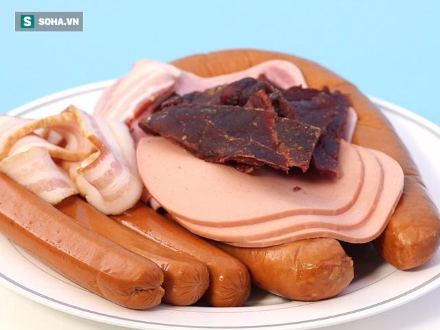Khi thực phẩm có mùi vị này, chuyên gia khuyên bạn vứt ngay, tuyệt đối không nên ăn - Ảnh 2.