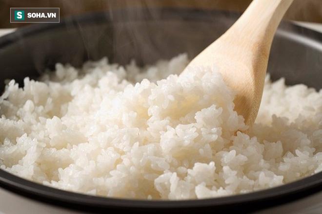 Khi thực phẩm có mùi vị này, chuyên gia khuyên bạn vứt ngay, tuyệt đối không nên ăn - Ảnh 3.