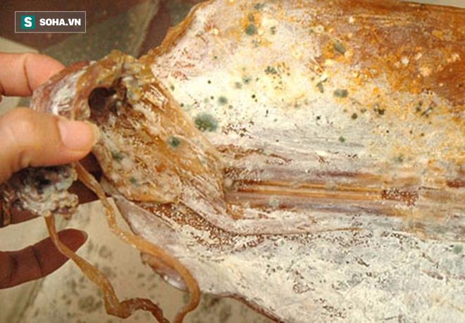 Khi thực phẩm có mùi vị này, chuyên gia khuyên bạn vứt ngay, tuyệt đối không nên ăn - Ảnh 1.