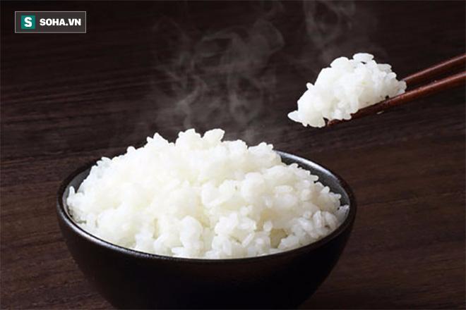 6 loại thực phẩm đừng bao giờ cho vào lò vi sóng nếu không muốn ăn phải chất độc - Ảnh 2.