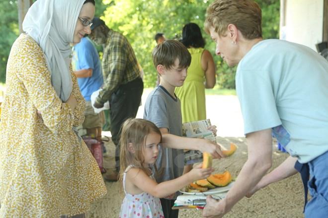 Bài 4: Trang trại cộng đồng giúp người Mỹ giải bài toán thực phẩm sạch - Ảnh 2.