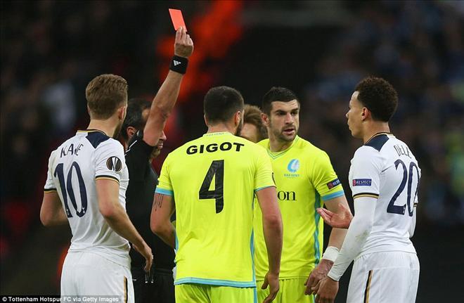 Hôm nay bốc thăm vòng 1/8 Europa League: Man Utd gặp thuận lợi? - Ảnh 1.