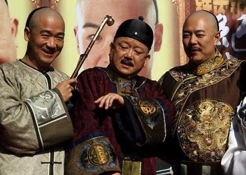 Bộ ba Bản lĩnh Kỷ Hiểu Lam bất ngờ tái ngộ sau 15 năm phim lên sóng - Ảnh 1.
