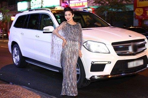 Nữ hoàng Bolero Lệ Quyên - đại gia ngầm của showbiz Việt - Ảnh 3.