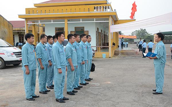 Trung đoàn 930 (Sư đoàn 372) tổ chức thành công ban bay mẫu - Ảnh 2.