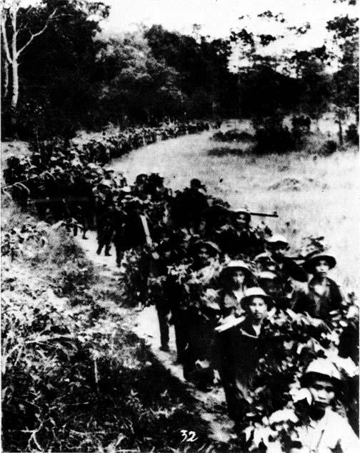 Cuộc rút lui chiến lược biến thành thảm kịch đường số 7 - Tây Nguyên hoàn toàn thất thủ - Ảnh 3.