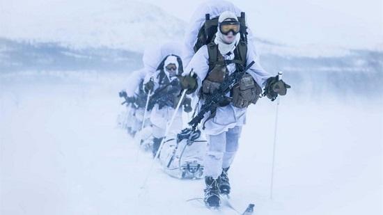 Đội đặc nhiệm toàn nữ đầu tiên trên thế giới - Ảnh 3.