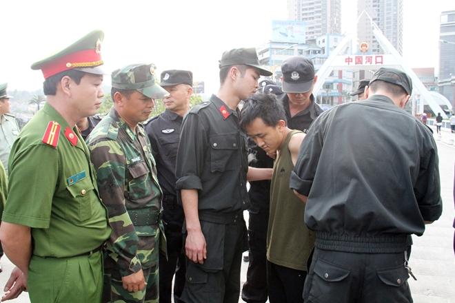 Đối tượng mang 3 lệnh truy nã bị tiêu diệt trong cuộc đấu súng với Cảnh sát  - Ảnh 1.