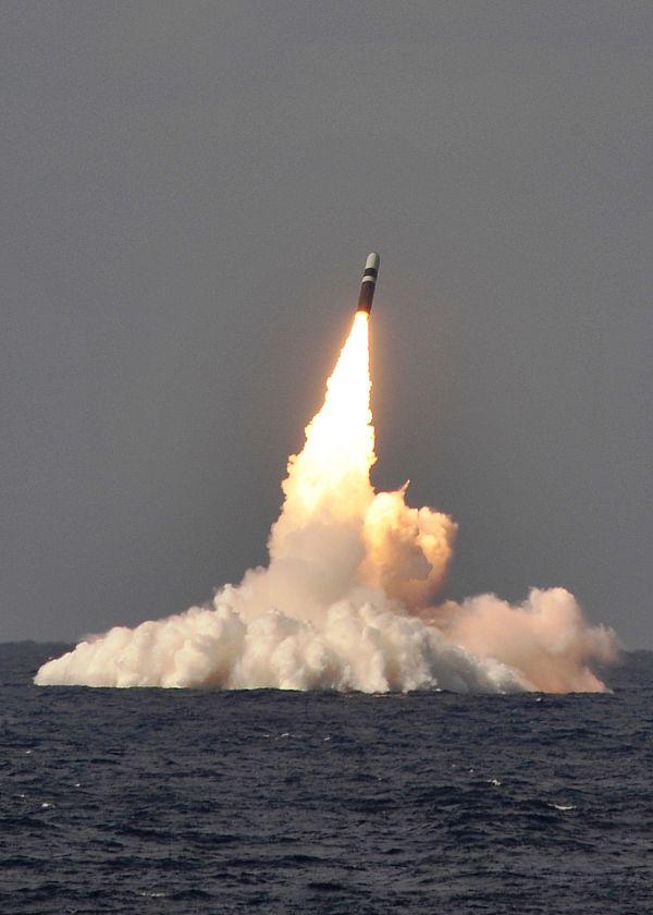 Không phải S-300, S-400 Nga kém cỏi, mà là Mỹ đã tính rất kỹ khi chọn Tomahawk tấn công Syria - Ảnh 3.