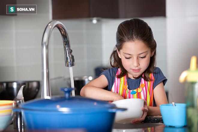 4 bí quyết để trở thành bố mẹ khắt khe đúng cách, giúp con nên người - Ảnh 2.