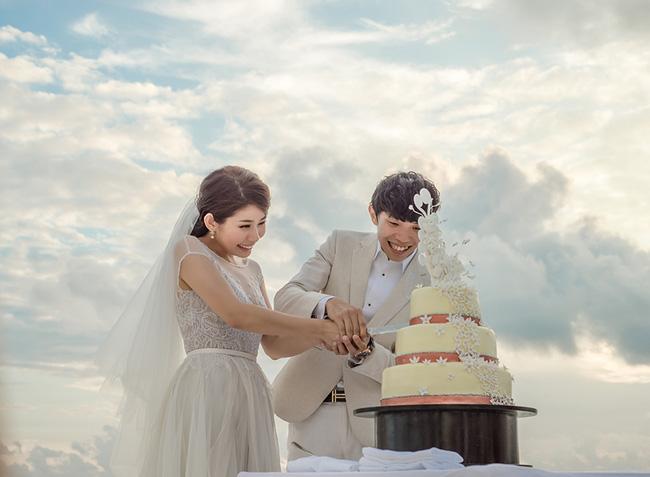 Vợ của đại gia Singapore: Từ ca sĩ phòng trà đến phu nhân bước ra từ đám cưới bạc tỉ ở Maldives - Ảnh 1.
